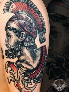 tattoo-tatuaggio-300-spartani-leonida-significato-braccio-spalla-italia-tatuatori-vicenza-veneto