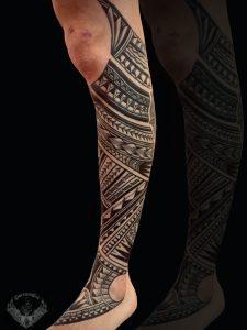 tattoo-tatuaggio-stile-polinesiano-polpaccio-gamba-italia-tatuatori-vicenza-veneto