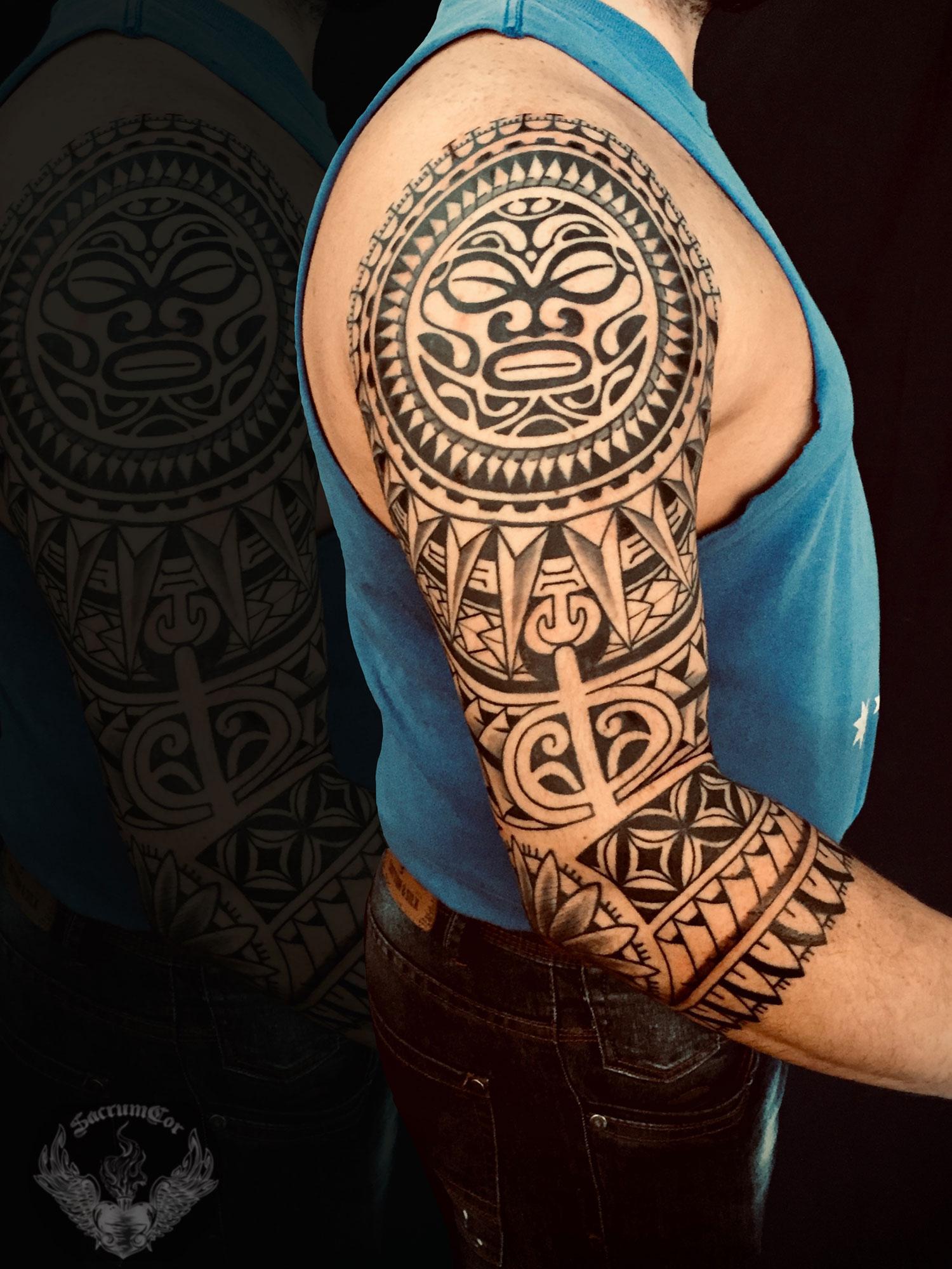 tattoo-tatuaggio-stile-polinesiano-spalla-braccio-italia-tatuatori-vicenza-veneto