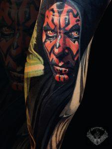 tatuaggio-effetto-tattoo-realistico-film-star-wars-darth-maul-gamba-italia-tatuatori-vicenza-veneto