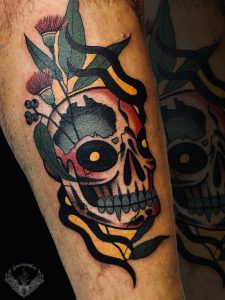 tattoo-tatuaggio-stile-old-school-teschio-italia-tatuatori-vicenza-veneto