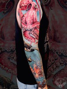 tatuaggio-effetto-tattoo-realistico-oceano-mare-pesci-marino-braccio-italia-tatuatori-vicenza-veneto